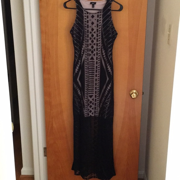 Mossimo Supply Co. Dresses & Skirts - Mossimo Black dress with tan insert size small